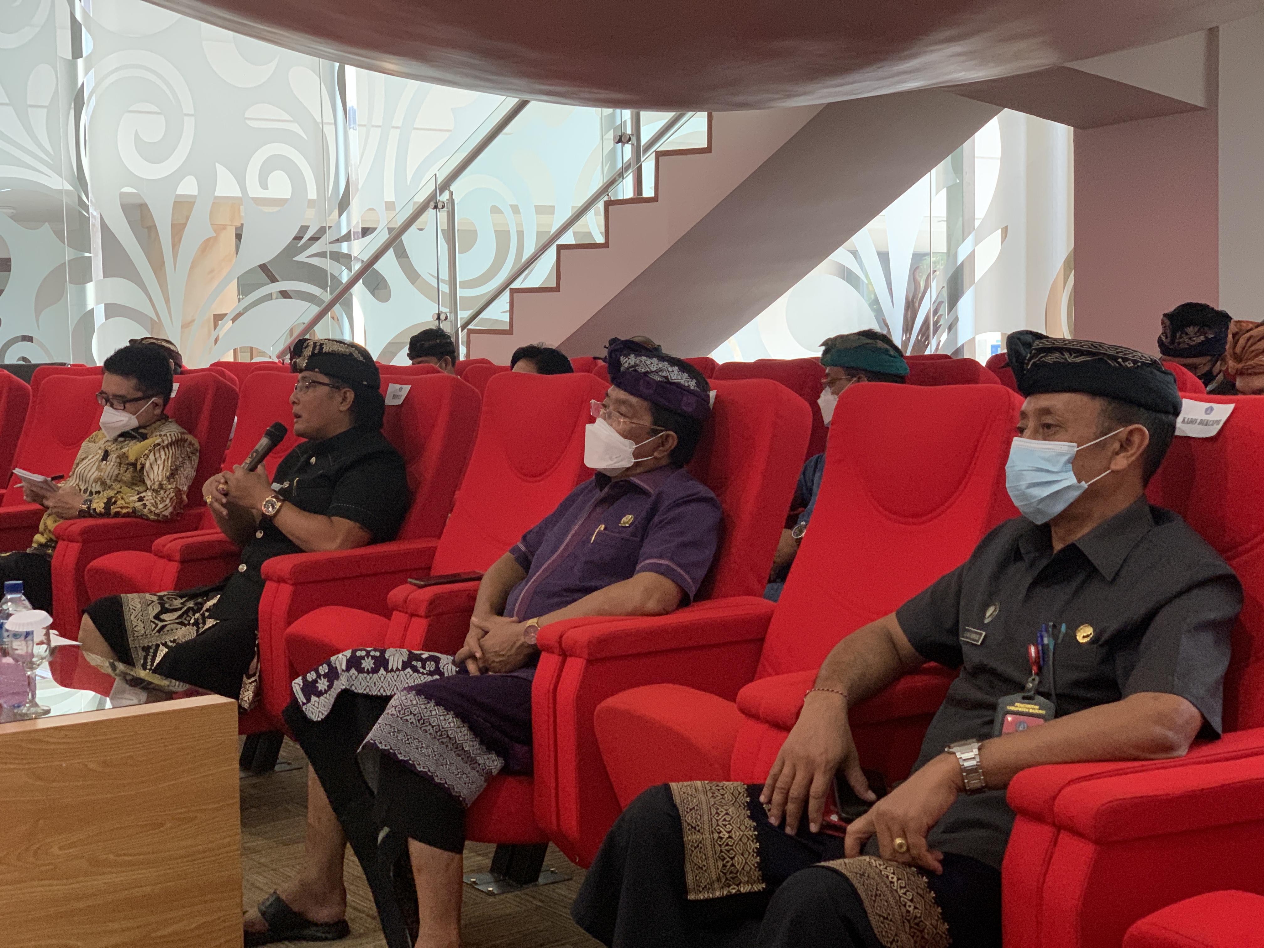 Bupati Giri Prasta Launching Inovasi Pelayanan Kesehatan dan Kependudukan di Badung BPJS Pusat Apresiasi aplikasi e-Cakep Sebagai Inovasi Kesehatan Pertama di Indonesia